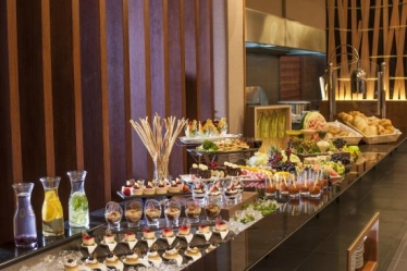 40 discount lavish breakfast buffet ranchi ramee rose bahrain for Aura thai fusion cuisine