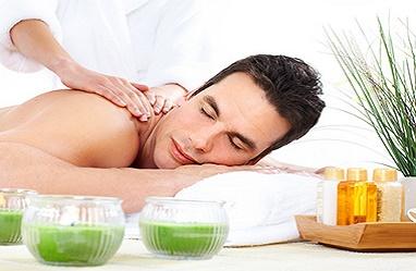 1501602281thai-massage-glasgow-men_aromatherpy_mahooz_bahrain.jpg