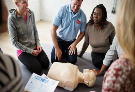 1537716653cpr_first_aid_training_course2_open_international_academy_bahrain.jpg
